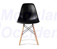 Silla Eames negra